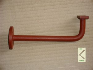 Handrail tie - rose stringer end.